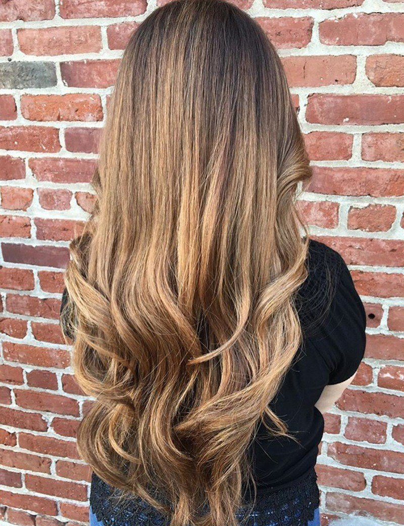 Dark blonde balayage haircolor