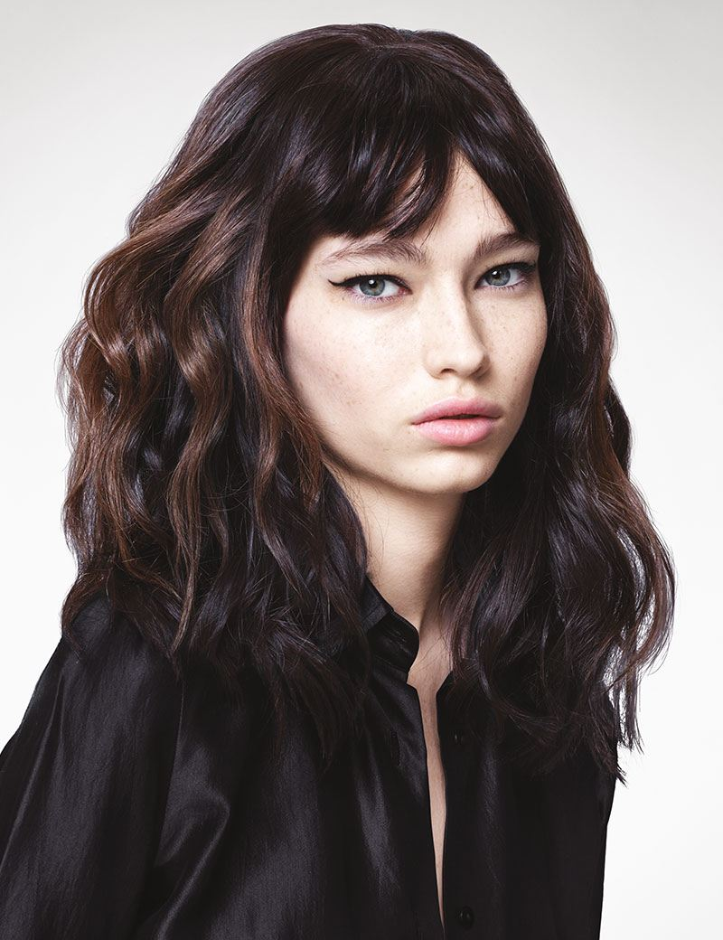 Model Off Duty Waves Relaxed Waves Amp Flexible Texture