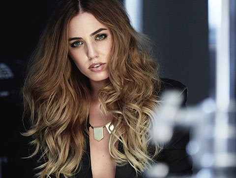 What Causes Hair Static 7 Ways To Fight It Redken
