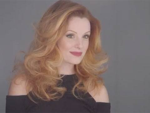 How To Get Bombshell Waves In 60 Seconds
