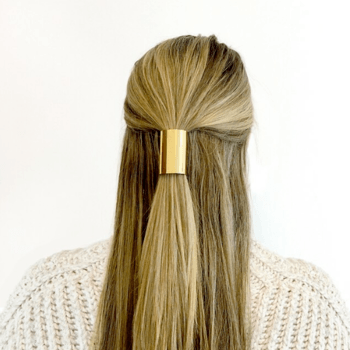 Nothing upgrades a hairstyle quite like a good hair accessory.