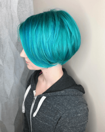 Highlights add dimension to this stunning mermaid bob.