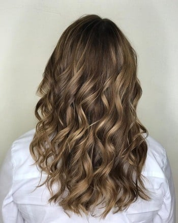 Cool tones used to create an ashy brunette haircolor.