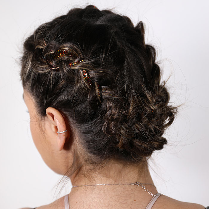 Hairstyling Lookbook For Haircolor Trends Short Hair Styles More